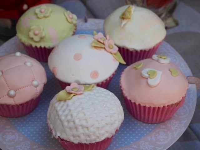 la-comunion-de-elena-cupcakes